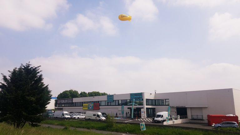 Dirigeable publicitaire helium captif 6m Maison depot Aulnay Avil 2019 (1)